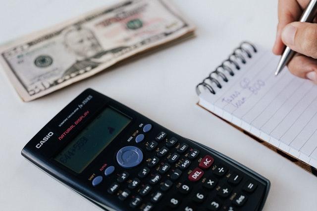Quais Os Benefícios De Pagar As Contas Em Dia