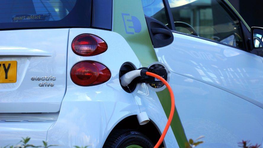 Carros elétricos: tudo que você precisa saber sobre a tendência em 2021