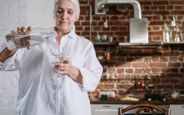 Os Melhores purificadores de água para residências 2021